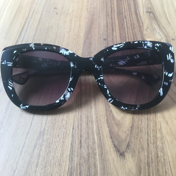 c24fb6b110 Rare NWT Alice + Olivia Mercer Sunglasses
